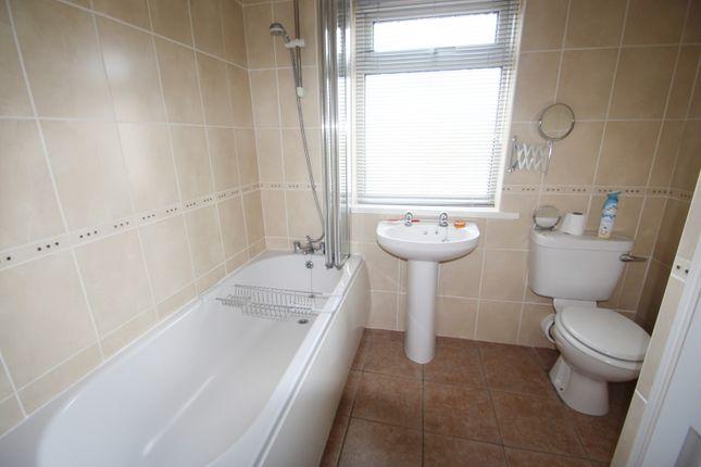 Bathroom of Westcourt Place, Westcourt Road BN14