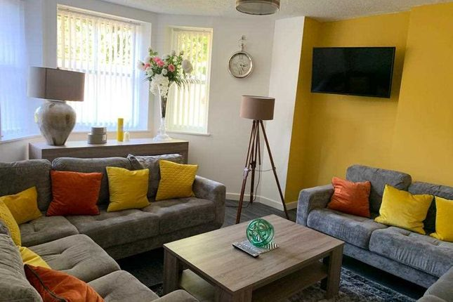 Communal Lounge of Newsham Drive, Liverpool L6