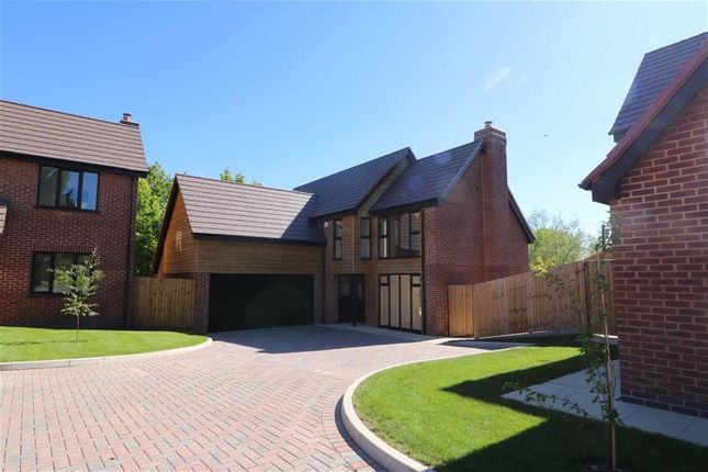 Thumbnail Detached house for sale in Gloucester Road, Hartpury, Gloucester