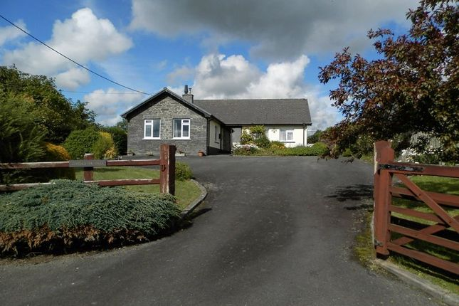 Thumbnail Detached bungalow for sale in Cae Rwgan, Aberbanc, Penrhiwllan, Llandysul