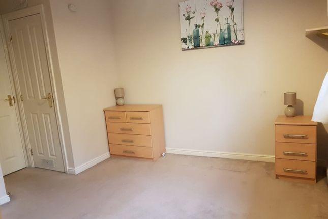 Double Bedroom of Bessemer Close, Langley, Slough SL3