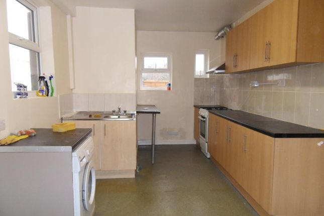 Thumbnail Terraced house to rent in Beresford Road, Southall