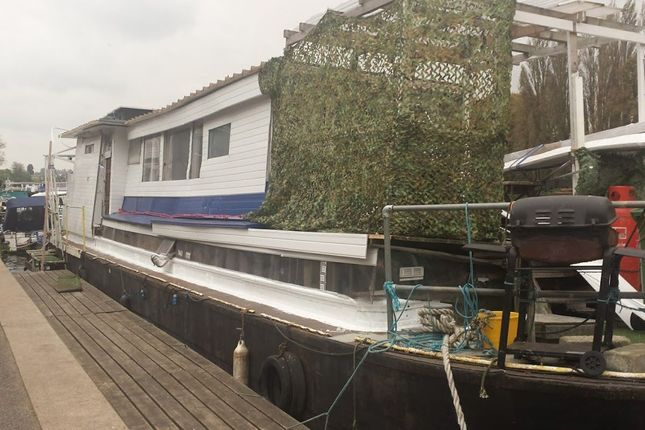 Old Kingston Coal (Okc), Moored At, Sadlers Ride, West Molesey, Surrey KT8