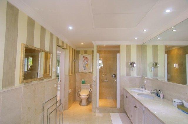 17 Bathroom S of Spain, Málaga, Marbella, Elviria Alta