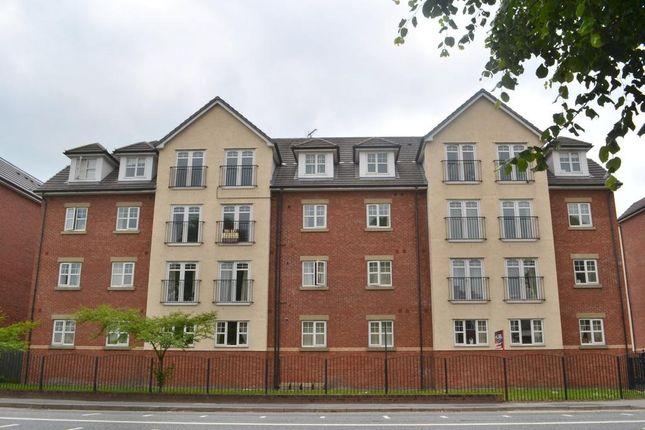 2 bed flat to rent in Egremont Court, Wilderspool Causeway, Warrington WA4