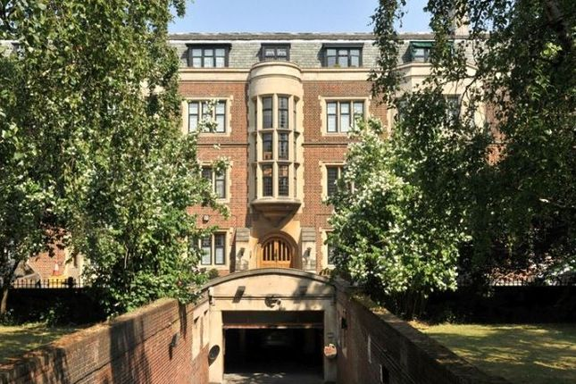 Thumbnail Flat for sale in Bellmoor, East Heath Road, Hampstead, London