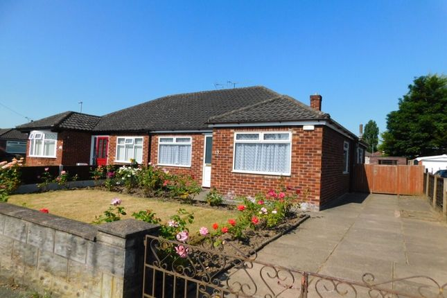 Thumbnail Bungalow to rent in Lingfield Drive, Crewe