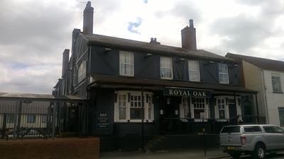 Thumbnail Pub/bar for sale in Royal Oak, 7 Dudley Port, Tipton, West Midlands