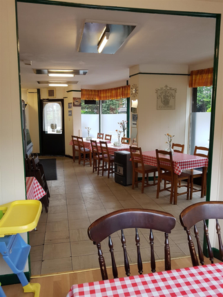 Photo 3 of Cafe & Sandwich Bars LS11, West Yorkshire