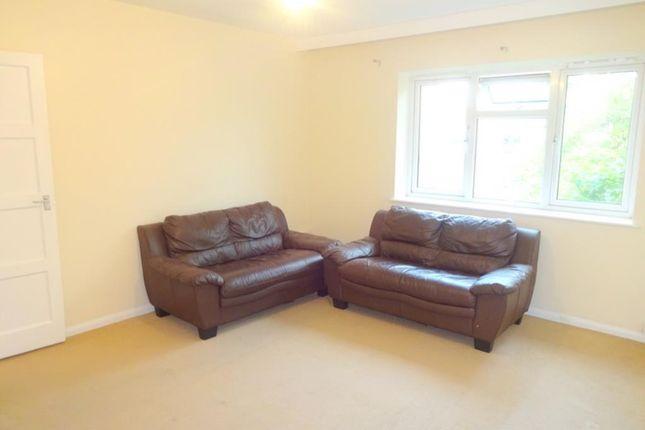Thumbnail Maisonette to rent in Sefton Road, Harrow Weald