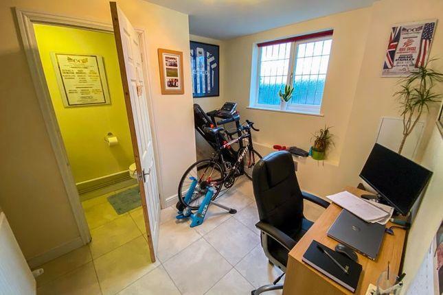Office / Ground Floor Bedroom
