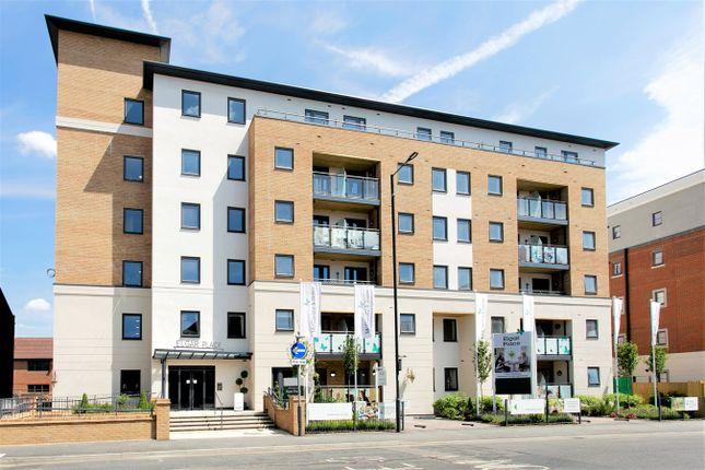 Flat to rent in Bridge Avenue, Maidenhead, Maidenhead