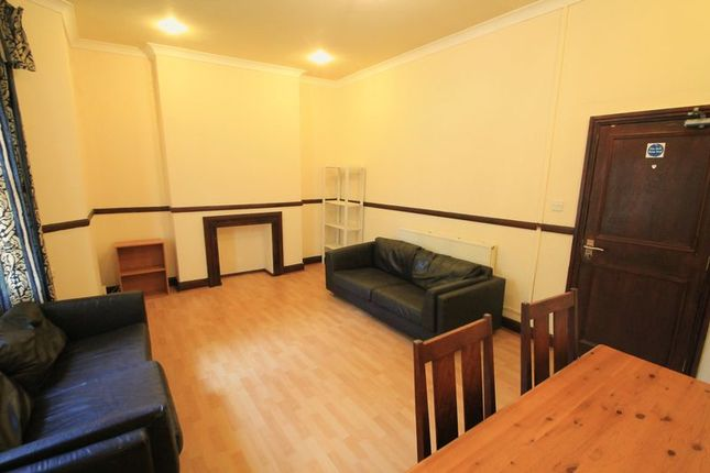 Thumbnail Terraced house to rent in Wordsworth Avenue, Roath, Cardiff