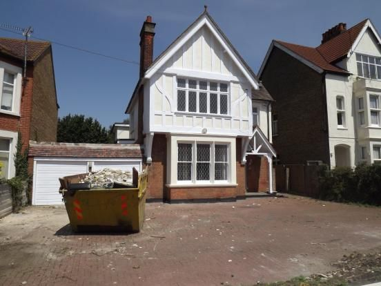 Thumbnail Detached house to rent in Kilworth Avenue, Southend