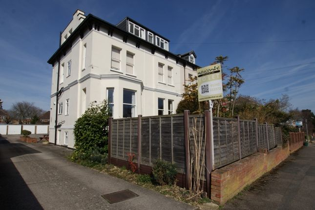 Thumbnail Shared accommodation to rent in Church Road, Cheltenham