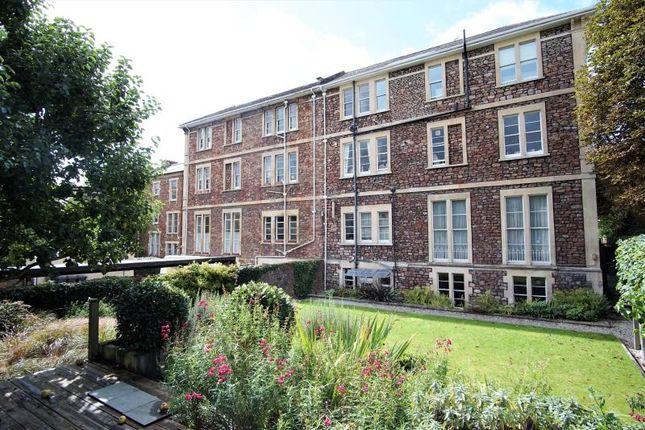 Thumbnail Flat to rent in Garden Flat, Pembroke Road, Clifton, Bristol
