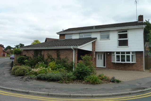 Thumbnail Detached house to rent in Foster Close, Stevenage