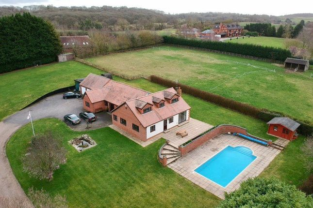 Thumbnail Detached house for sale in Kington Lane, Claverdon, Warwick