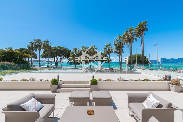 4 bed apartment for sale in Cannes (Croisette), 06400, France
