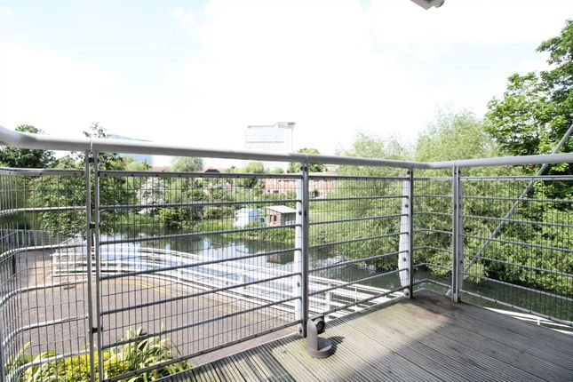 Thumbnail Flat to rent in The Island, Brentford