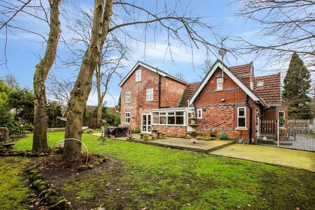 5 bedroom detached house for sale in Chatsworth Road, Worsley, Manchester