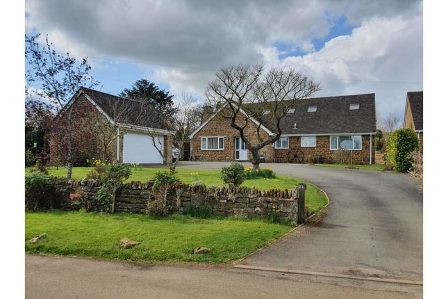 Thumbnail Detached bungalow for sale in Westhorpe Lane, Byfield, Daventry