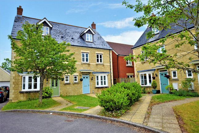 Thumbnail Town house for sale in Dunlin Drive, Portishead, Bristol