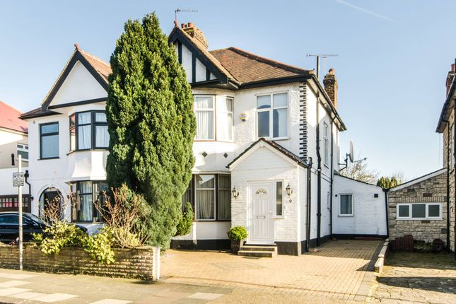 Thumbnail Property to rent in Park View Road, Dollis Hill