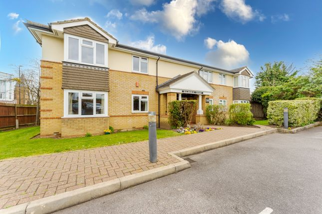 Thumbnail Flat for sale in Balmoral Road, Worcester Park
