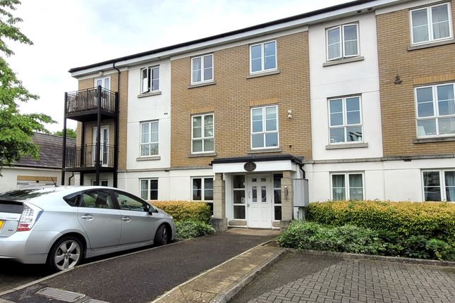 Thumbnail Flat to rent in Tudor Way, Knaphill, Woking, Surrey