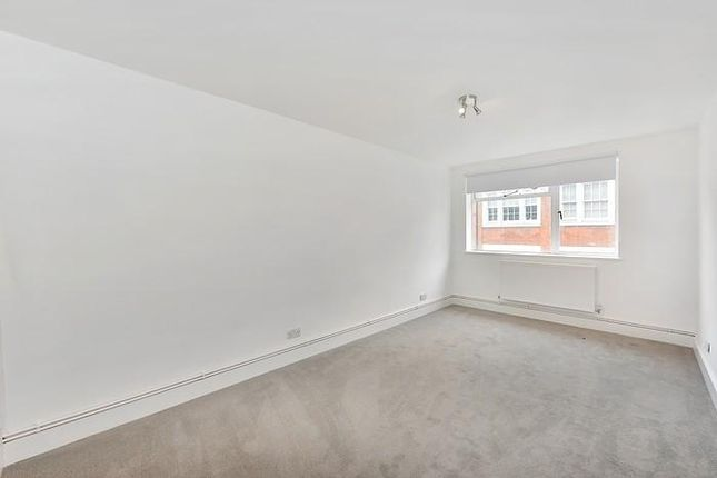 Thumbnail Detached house to rent in Strutton Ground, London
