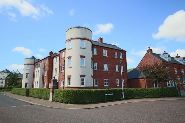 Thumbnail Flat to rent in Ladybank Avenue, Fulwood, Preston