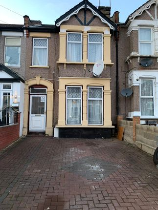 Thumbnail Terraced house to rent in Courtland Avenue, Ilford