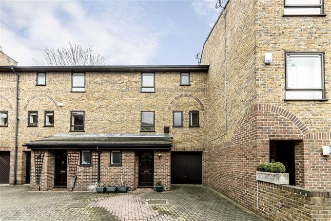 3 bed property for sale in Abinger Mews, London