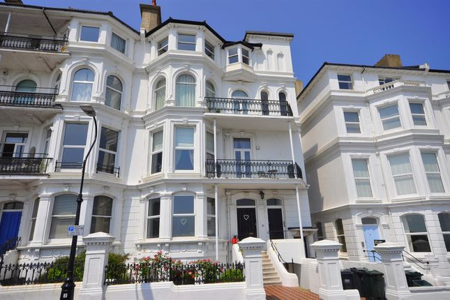 1 bed flat for sale in South Cliff, Eastbourne
