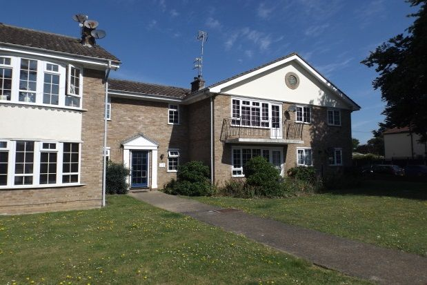 Thumbnail Flat to rent in Holland Road, Holland-On-Sea, Clacton-On-Sea