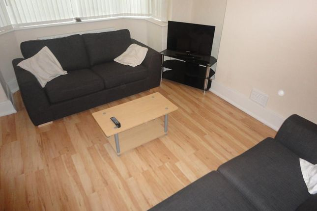 Thumbnail Property to rent in Mauldeth Road West, Withington, Manchester