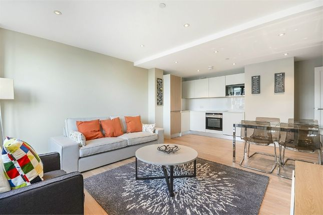 Thumbnail Flat to rent in The Quarters, Wellesley Road, Croydon