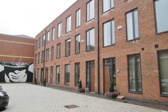 Thumbnail Flat to rent in St. Pauls Square, Birmingham