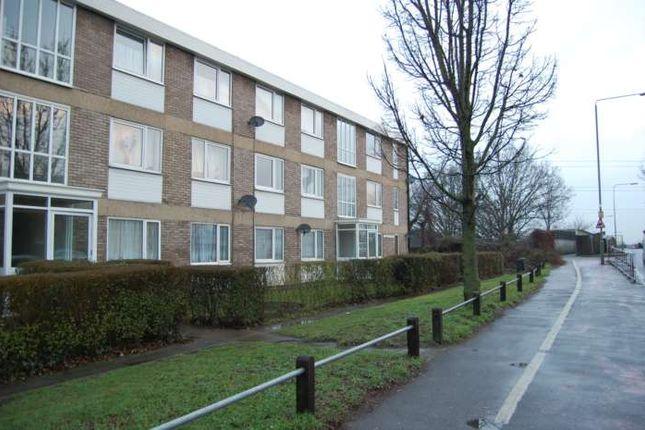 Chertsey Road, Addlestone KT15