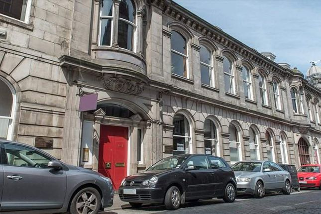 Serviced office to let in Maritime Street, Edinburgh