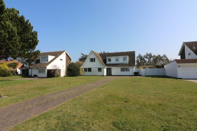 Thumbnail Detached house to rent in Kings Avenue, Sandwich Bay