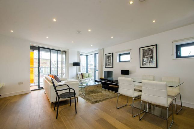 Thumbnail Flat to rent in Old Castle Street, Spitalfields