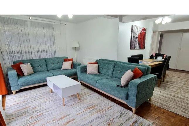 Flat for sale in Alfort Court, Bonchurch Close, Sutton
