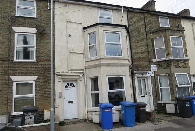 Thumbnail Flat to rent in Tonning Street, Lowestoft