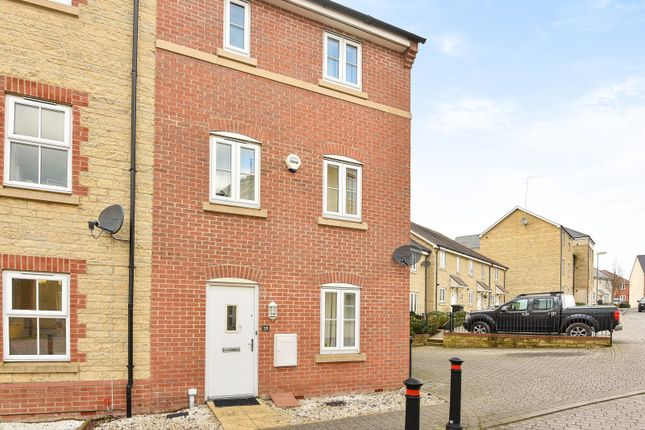 Thumbnail End terrace house to rent in Palmer Road, Faringdon