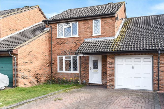 4 bed link-detached house for sale in Elveden Close, Lower Earley, Reading