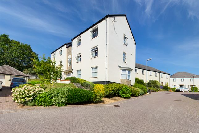 2 bed flat to rent in Wheal Sperries Way, Truro TR1