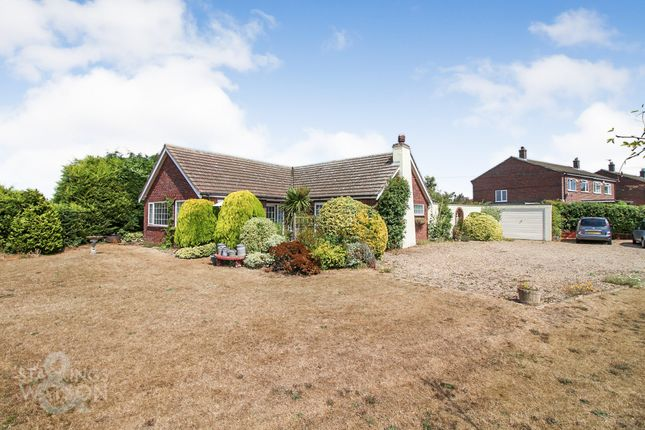Thumbnail Detached bungalow for sale in The Hills, Reedham, Norwich
