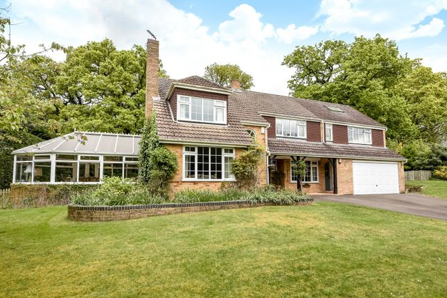 Thumbnail Detached house for sale in Calcot Park, Reading